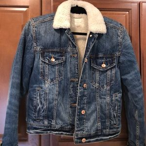 American eagle faux shearling lined jean jacket